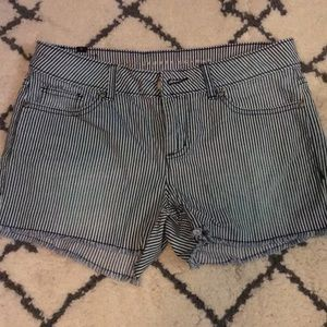 LC shorts